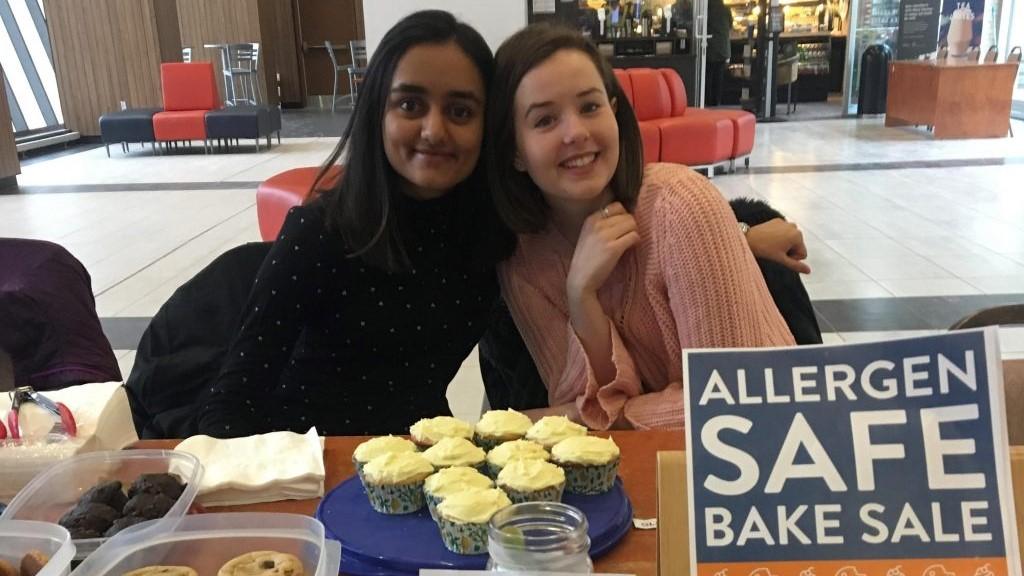 Alyssa & Anita at bakesale